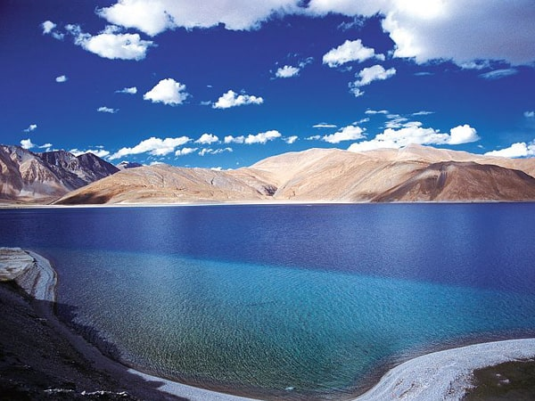 Leh-Ladakh hill station tours